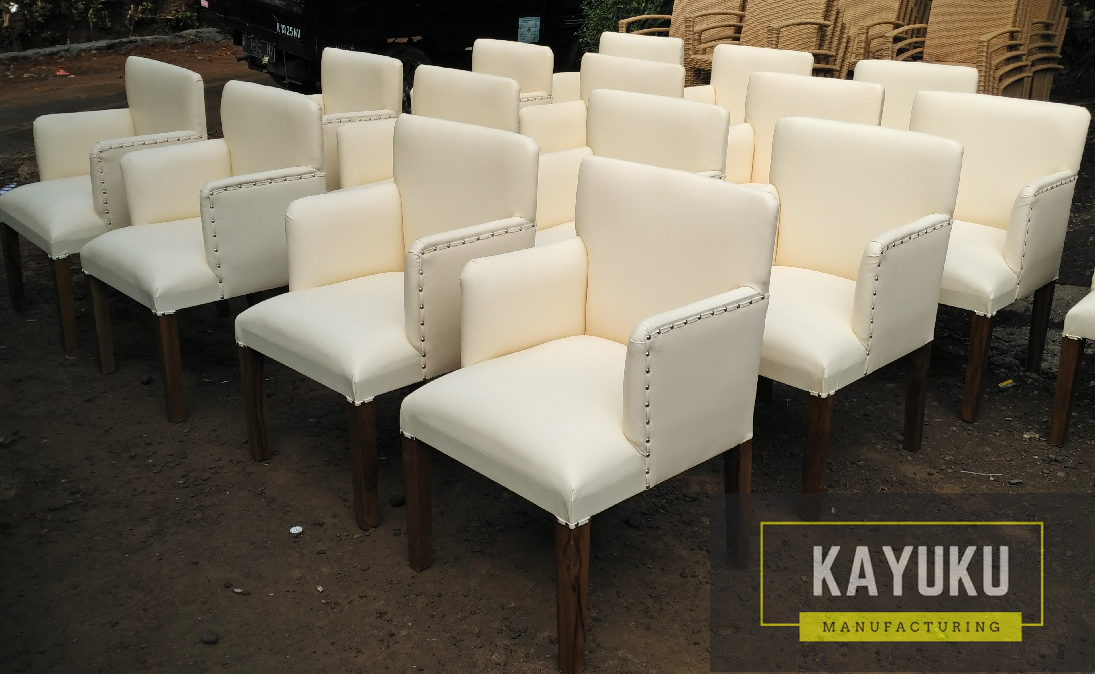 Single Sofa Arm Chair 3