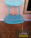 Kursi Cafe Dua Warna Minimalis