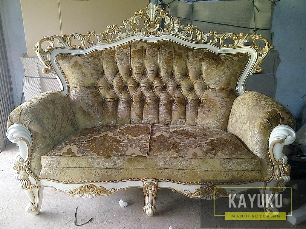 Sofa Ukir Bludru Klasik Minimalis (1)
